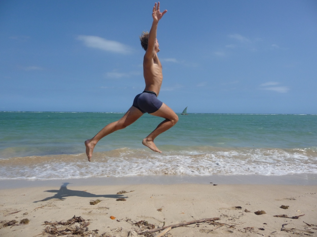 Happy! <br> Seb, Ilha de Itaparica, Salvador de Bahia, Brazil by Google Translate
