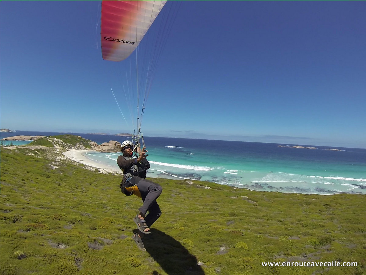 16 Feb 2014<br>Our Kortel Kruyer harness offers full ability to move quick for better proximity flying  - Australia, Esperance, Twilight Beach