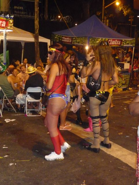23 Feb 2009<br>Carnival in Rio. This is an opportunity to take for anyone. Many women are too hairy to be honest through the streets. <br> Rio de Janeiro, Brazil