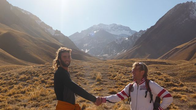 21 May 2009<br>James, cyclo Italian vagabond, for 3 years by bicycle in South America. Much in common, we give appointment to spend all of Colombia. <br> Regional Park of Aconcagua. Argentina <br>