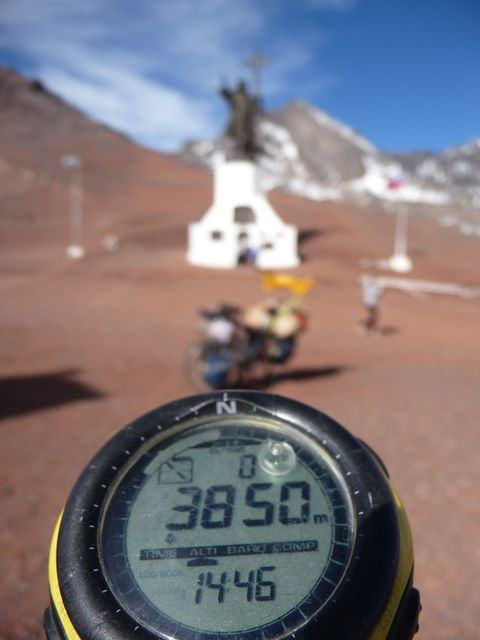 23 May 2009<br>Cristo Redemptor border Chile - Argentina, 3850m above sea level after 600m of ascent in a muddy dirt road full of snow. The worst is yet to come. <br><br> But, here I am in Chile! <br>
