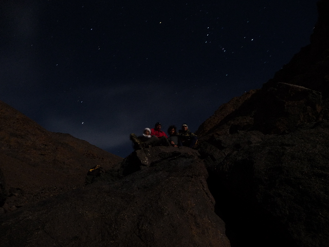 16 Sep 2008<br>Nocturnal ascent of Mount Toubkal. The team Toubkal is the freezing time of this photo. A minute's pause and mountain whine!