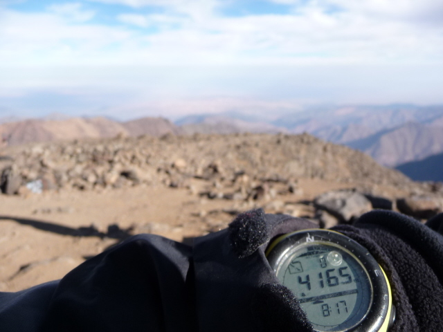 16 Sep 2008<br>4167m-high summit of Toubkal in Morocco. Ready for takeoff. Taïaut! (?)