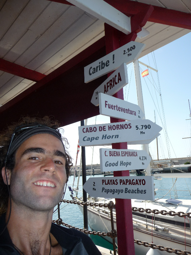 Marina Playa Blanca, Lanzarote, Islas Canaries.Quelaues directions and distances to avoid getting lost. Remaining 4790 miles to Cape Horn, merdo roughly 9000 kms. The gnognotte I tell you!