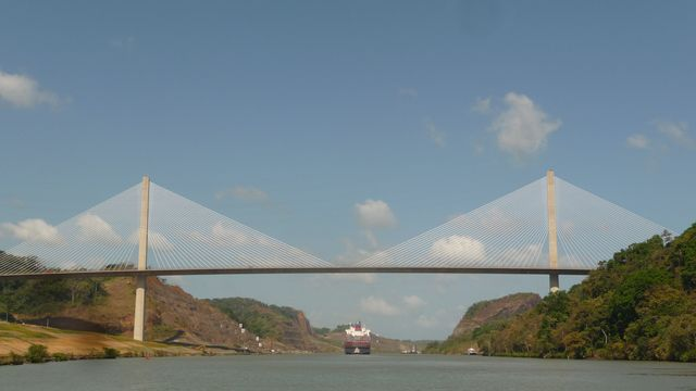 The Bridge of the Americas out of Panama City, links the North and the South launched a road above the canal. Beau symbole.Canal of Panama, Panama