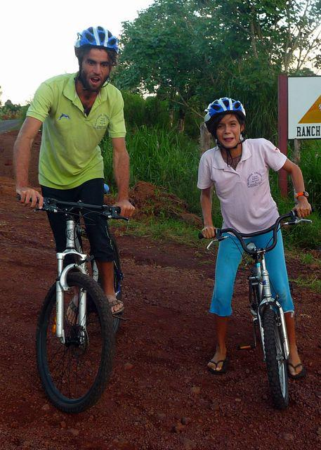 Shortly after arriving in the Galapagos I find a little job of tour guide on a bicycle. Isla Santa Cruz, Galapagos