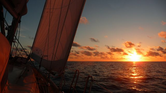 Sailing dehors.Voilier Tago Mago, Pacific Crossing between Galapagos and the Marquesas